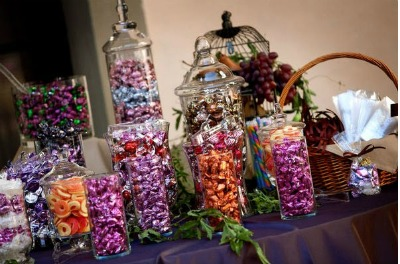 burgundy coloured sweet buffet