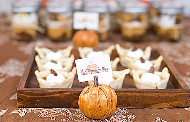 7 Ideas for Adding Seasonal Flavors to your Fall Wedding