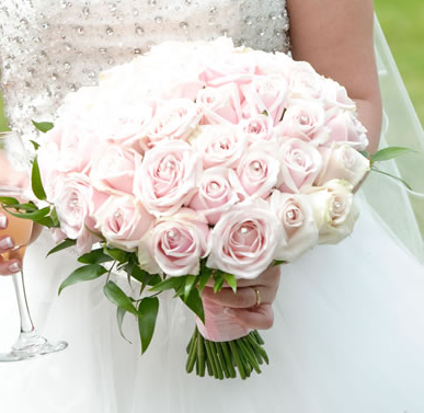 Why A Rose Wedding Bouquet Will Never Go Out Of Style