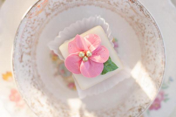 Pink Vintage Wedding Table Flower Reception Centerpiece Cake