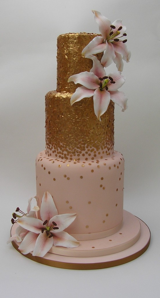 rose gold and silver wedding cake wedding cake trends to look out for 19273