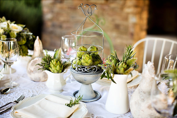 Wedding table centerpiece ideas with the wow factor for Artichoke decoration
