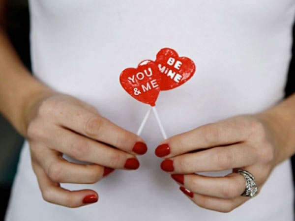 Thinking of Getting Married on Valentine's Day? What You Need to Know