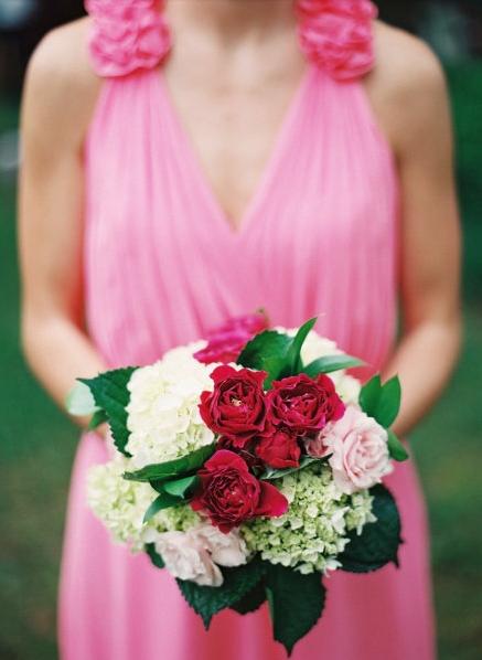 un bouquet rose pour mariage