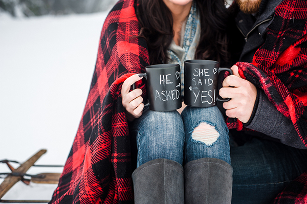 6-warm-and-cozy-snowfall-engagement-portraits-imago-dei-photography