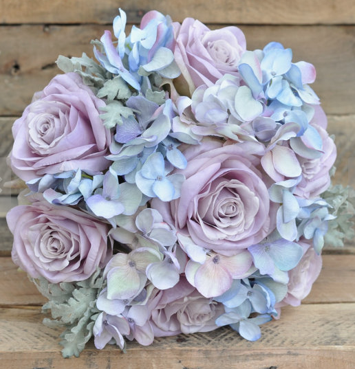 Light blue and purple wedding colours