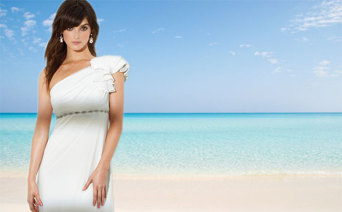wedding dresses for destination weddings