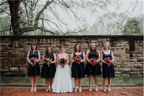8 Reasons to Have Short Bridesmaid Dresses for Your Big Day